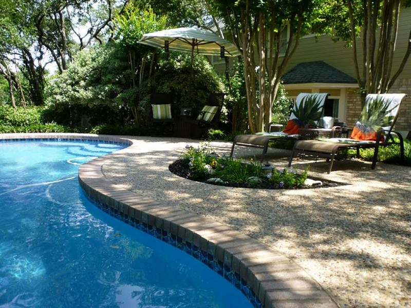 Landscaping Your Florida Pool Oasis