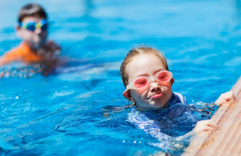 Ten Pool Safety Tips for Kids.